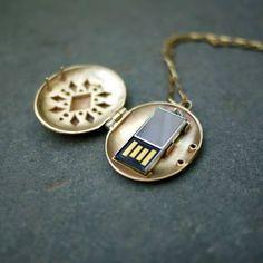 Fancy   USB Locket