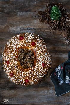 Día de Reyes y cumple del blog. Espero que SSMM los Reyes Magos os hayan dejado aquello que deseabais,sobre todo a los peques de la casa. Hoy para desayunar no puede faltar el roscón. Roscón de Reyes de masa madre, con relleno o sin relleno, a gustos de todos. #roscondereyes #roscondereyescasero #roscondemasamadre #stilllifephotography #foodphotography #hautescuisines #soywelover #amasalamasa Kings Day, Relleno, Blog, Home, King Cakes, Orange Blossom, Wizards, Blogging