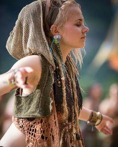 Shankra Festival - Lebens Stil ML Hippie Look, Gothic Hippie, Look Boho, Hippie Gypsy, Hippie Style, Bohemian Style, Boho Chic, Mundo Hippie, Estilo Hippie