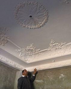 Plaster Ceiling Design, Interior Ceiling Design, Interior Wall Colors, House Ceiling Design, Ceiling Design Living Room, Home Room Design, Ceiling Decor, Bedroom Lamps Design, Home Decor Bedroom