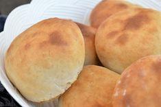 Bröd utan jäsning Scones, Hamburger, Bread, Food, Essen, Hamburgers, Breads, Baking, Buns