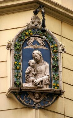 Rom, Via Sistina, Madonna mit dem Jesuskind (Virgin Mary with the Infant Jesus) | Flickr - Photo Sharing!
