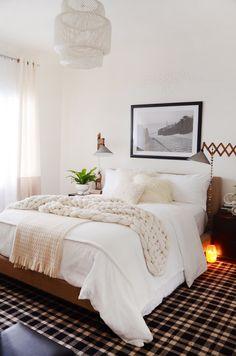10 Ways to Make a Big Bedroom Feel Cozy | Apartment Therapy Cozy Apartment, Bedroom Apartment, Bedroom Wall, Bedroom Decor, Apartment Therapy, Bedroom Ideas, Bedroom Photos, White Bedroom, Bedroom Inspo