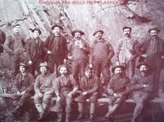Old picture of Deadwood Gold Miners  www.Black-Hills-Trip-Planner.com