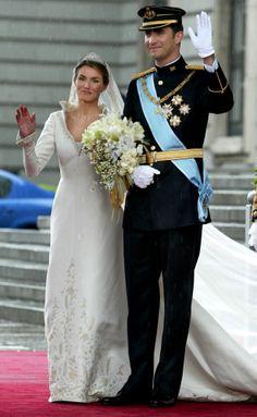 PHOTOS - Couronnement de Felipe VI: Revivez le sacre du roi d'Espagne étape par étape