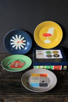 Mid Century Modern Home - Set of 4 Cake Plates