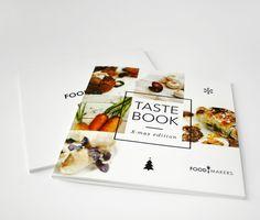 Layout - Coockbook 1 A X-mas edition of a cookbook Flugblatt Design, Flyer Design, Creative Design, Print Design, Food Design, Cookbook Cover Design, Recipe Book Design, Editorial Design Layouts, Recipe Book Covers
