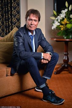 Cliff Richard lays bare his raw fury at police and the BBC whom he ...