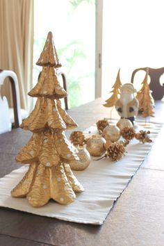 White, Silver & Gold Christmas Decoration Chuzai Living