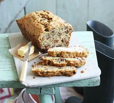 Courgette loaf cake (I added the juice of one lime, and used mixed nuts instead of walnuts only...delicious!)