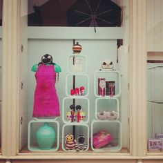 #shopwindow #pinkandgreen