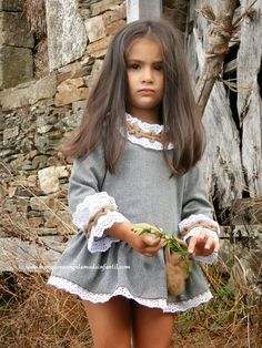 Spanish clothes for babies, boys and girls Worldwide shipping. I leave the link of the store online: http://www.lapequenaangelamodainfantil.com/