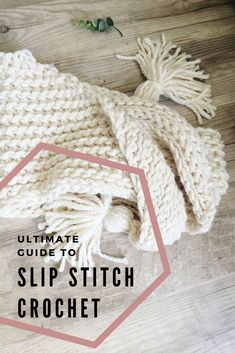 Every little detail you need to know to slip stitch crochet. How to create knit look crochet. Learn how to increase and decrease slip stitches, how to work in the front and back loops and more. Slip Stitch Crochet, Bag Crochet, Crochet Crafts, Crochet Projects, Free Crochet, Crochet Tutorials, Yarn Crafts, Crochet Cowls, Crochet Stars