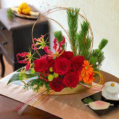Christmas Arrangements, Floral Arrangements, Ikebana, Flower Crown, Flower Art, Fresh Flowers, Beautiful Flowers, Chinese New Year Flower, Flora Design