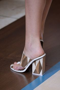 The Top 7 Shoe Trends For Spring 2015: Paging all shoe-lovers — and that's all of us, right?
