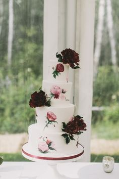Rose painted cake: http://www.stylemepretty.com/canada-weddings/manitoba/2015/05/27/romantic-manitoba-summer-garden-wedding/ | Photography: Josh Dookhie - http://www.joshdookhiephotography.com/