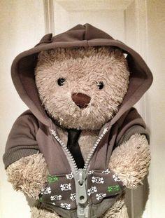 Misery Bear goes hoodie Teddy Bear Hug, Steiff Teddy Bear, Cute Teddy Bears, Polar Bear, Bear Hugs, Love Bear, Pug Love, Bear Images, Tartan