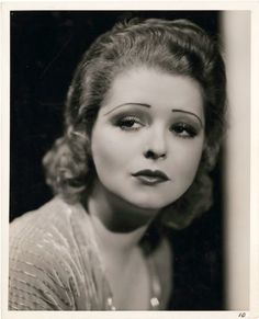 Clara Bow - perfect icon of 1920's makeup