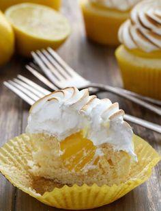 Cupcakes au citron meringués, avec petit coeur coulant au lemon curd