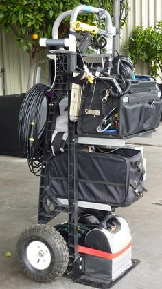 I decided to adapt/adopt, the ergonomics of working out of a bag to the small cart  configuration. I don't want to wear it, just have a means to transport i...