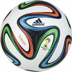 Adidas Brazuca   le ballon officiel de la compétition Ballon De Foot Adidas fd7a4e8821936