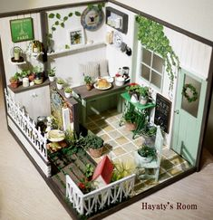 NaTuRaL GaRDeN CaFe ____by my newly discovered miniaturist Kozue Miura