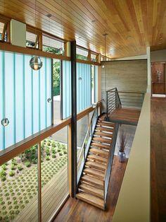 suspensions luminaires de design dans maison de luxe