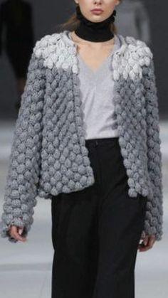 Letras E Artes Da Lalá: Coletes Sem Rece - Diy Crafts - maallure - olivia Knitting Designs, Knitting Stitches, Hand Knitting, Knitting Patterns, Crochet Patterns, Crochet Cardigan, Knit Or Crochet, Coat Patterns, Crochet Clothes