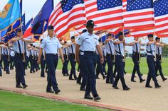 USAF BMT PARADE MARCHING