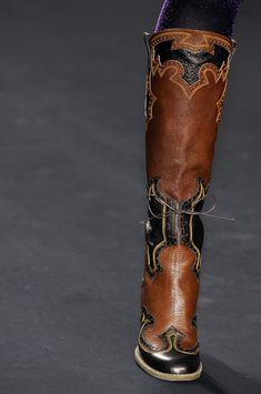 I actually kinda like these! Western on the runway - Anna Sui