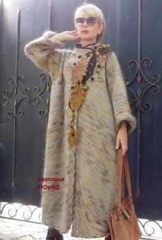 (4) Одноклассники Tapado Crochet, Fashion Collage, Knitted Coat, Crochet Coat, Knitted Shawls, Crochet Cardigan, Knit Dress, Crochet Clothes, Knitwear Fashion