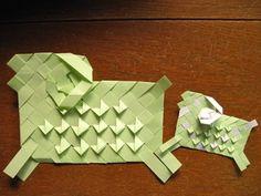 紙テープで折った ひつじ
