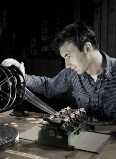 Norman McLaren Advertising Techniques, Title Sequence, Cinema Film, Film Strip, Film Director, Stop Motion, Real People, Filmmaking, Real Life