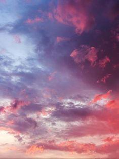 Wolken beim Sonnenuntergang - Clouds at sunset - the Pretty Sky, Beautiful Sky, Beautiful World, Cute Wallpapers, Wallpaper Backgrounds, Look At The Sky, Sky Aesthetic, Pink Sky, Pastel Sky