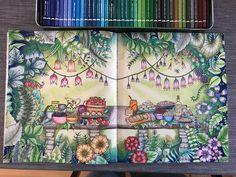 "374 Me gusta, 22 comentarios - Emily Laughlin (@emilyillustrator) en Instagram: ""Finished! #johannabasford #ivyandtheinkybutterfly #inkyivy #inkyivycoloringbook…"""
