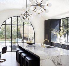 Top Three Kitchen Trends of 2018 Modern Kitchen Design Kitchen Top Trends House Design, Home Decor Kitchen, Interior Design, House Interior, Beautiful Kitchens, Interior, Kitchen Marble, Kitchen Trends, Home Decor