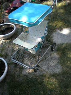 Vintage 1960s Atomic PatternTaylor Tot Baby Stroller with Canopy
