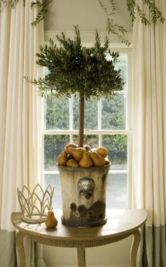 We are expecting a blizzard today in Boston so the after-Christmas sales will have to wait, but several hours of guilt-free interior design. Free Interior Design, Home Interior, French Decor, French Country Decorating, After Christmas Sales, Container Plants, Container Gardening, Mellow Yellow, Home Accents