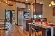 Condo Royal - cuisine et salle à manger (2013) - Auberge du Lac Taureau