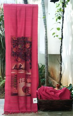 BRIGHT PINK MATKA SILK CALCUTTA DHAKAI SAREE HAS UPLIFTING  INTRICATE MULTICOLORED FLORAL JAMDANI  WEAVE ON THE ORGANZA PALLU MAKES THE SAREE CAPTIVATING.