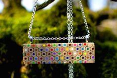 colar-lapis-cor-2 #semijoias #pulseira #pulseiras #brinco #brincos #colar #colares #anel #anéis #semijoia #acessorios #acessorio #moda #tendencia #joia #joias