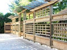 Pergola sur un patio Pergola, Room, Furniture, Home Decor, Courtyards, Homemade Home Decor, Rooms, Home Furnishings, Arbors