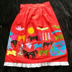 Hand sewn 3 dimensional vintage skirt- Guatemala Thus is an amazing vintage skirt,  looks like it was made somewhere in or around South America.  Is in perfect condition,  I really don't think it's ever been worn. Cotton. Waist 32inches, 33.5 inches long. Would fit med-lg I think. Vintage Skirts Circle & Skater