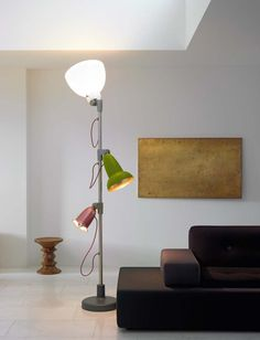 It's a few years now that I dream of this lamp by Hella Jongerius. I luv Blossom!