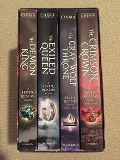 The Seven Realms Series by Cinda Williams Chima This this and the second series- the shattered realms Book Tv, Book Club Books, Book Nerd, Book Lists, Reading Lists, Ya Books, I Love Books, Good Books, Books To Read