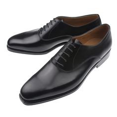 Traditional dress shoe