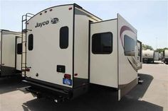 2016 New Jayco Eagle 318RETS Travel Trailer in Oklahoma OK.Recreational Vehicle, rv, 2016 Jayco Eagle318RETS, 2nd 15k BTU A/C in Bedroom, Bike Rack/Cargo Tray, Customer Value Package, Exterior Grill, Free Standing Table w/ Chairs,