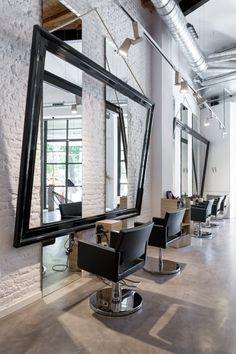 Noguera Hair & Art Salon-CM2 Disseny. Un espacio que fusiona dos conceptos de negocio: peluquería y galería de arte. Barcelona.