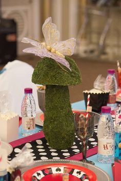 Alice in Wonderland Birthday Party Ideas | Photo 2 of 66