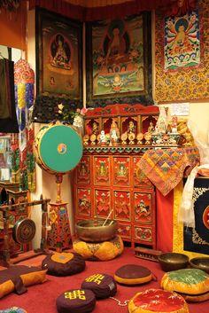 Tibetan Crafts                                                                                                                                                                                 Más